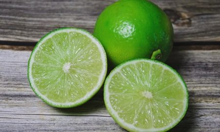 7 ผลไม้ลดสิว อุดมไปด้วยสารอาหารรักษาสิว